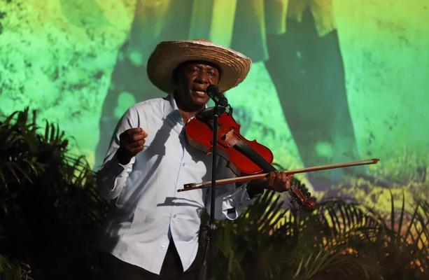 Segundo Concierto Del Festival Petronio Sonidos Tradicionales