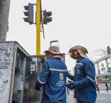 Instalación de semáforos Peatonales