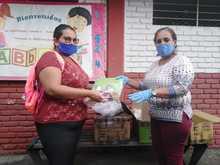 1.646 kits escolares reciben estudiantes de la IE Isaías Gamboa