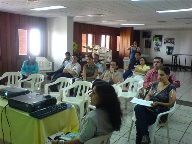 Socialización IDESC