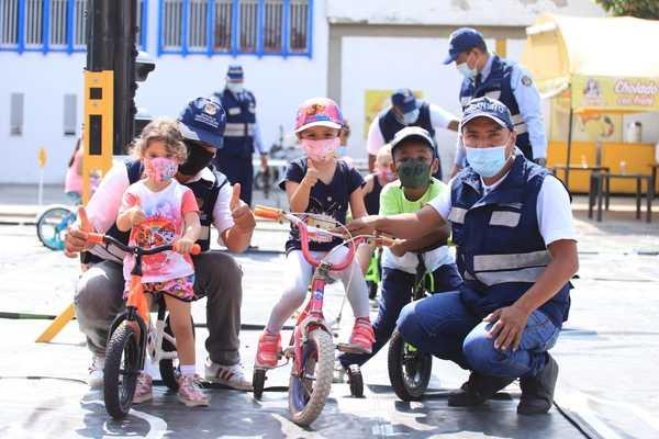 Con educación Secretaría de Movilidad llega a la Ciclovida