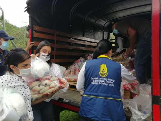 Más de 120 mercados se entregaron en Pance para atender la emergencia sanitaria y económica