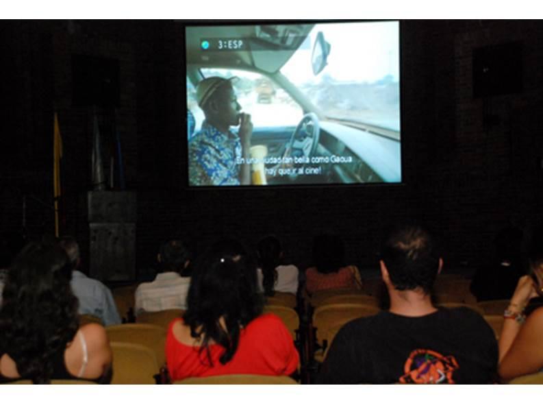 Cine al Barrio irá este sábado a La Estrella, en la comuna 20