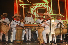En una noche de lujo, los Petronitos dieron inicio a la programación del XXI Festival de Música del Pacífico Petronio Álvarez