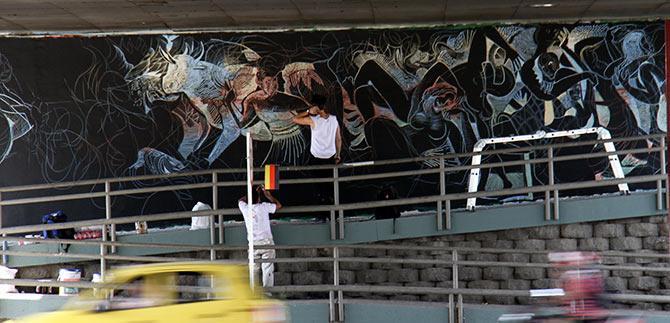 Cali hereda 96 obras de la II  Bienal Internacional de Muralismo y Arte Público