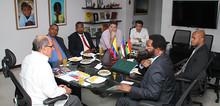 Alcalde de Accra, capital de Ghana, de visita en Cali