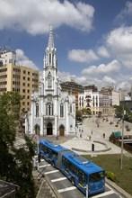 Iglesia Ermita y Boulevar