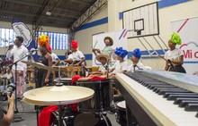 Entrega Instrumentos Musicales en IEO