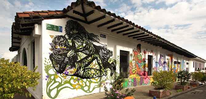 Fiesta andina en el parque artesanal de la Loma de la Cruz