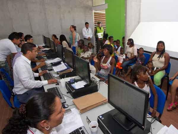 """""""Yo quiero un mejor futuro para mi hijo y por eso, lo matriculé en el colegio Isaías Duarte"""