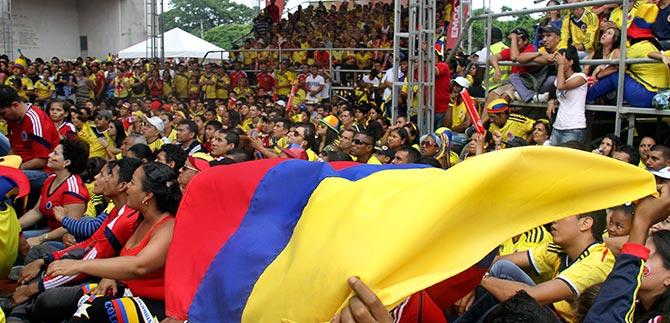Plazoleta del CAM albergó a mil hinchas de la tricolor