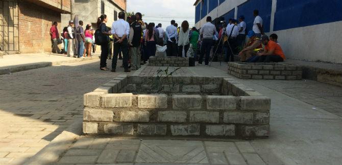 Pavimentación con adoquines y construcción de vías, realizaciones en la comuna 15